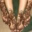 Менди - это временный рисунок хной на руках и ногах.  Изначально менди было украшением как невест