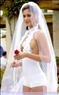 Девушки в свадебных нарядах оголили формы  63448