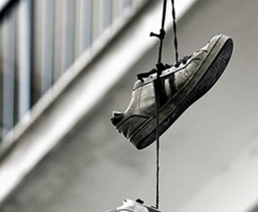 ElectricosToluna De Significado Colgando Cables Zapatillas CxBredWQo