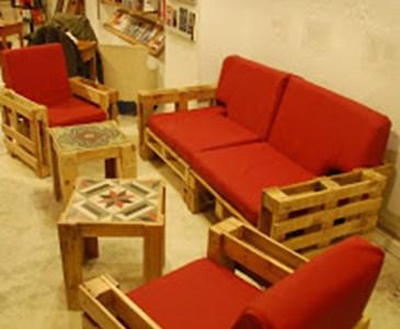Selain Kayu Jati Dalam Penbuatan Perabot Adakah Tahu Pallet Juga Menjadi Pilihan Masa Kini