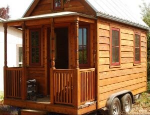 inattendue cette petite maison en bois sur roues qu 39 en pensez vous toluna. Black Bedroom Furniture Sets. Home Design Ideas