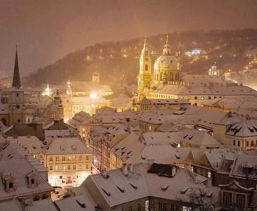 Meravigliosa Praga Sotto La Neve Buona Notte A Domani