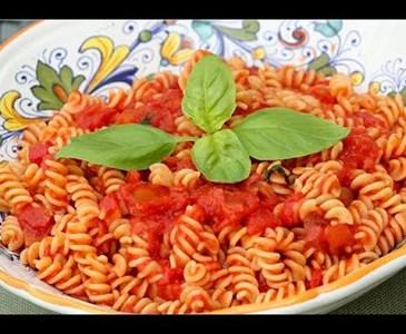 Buon pranzo a tutti adesso vado a mangiare un bel piatto - Buon pranzo a tutti ...
