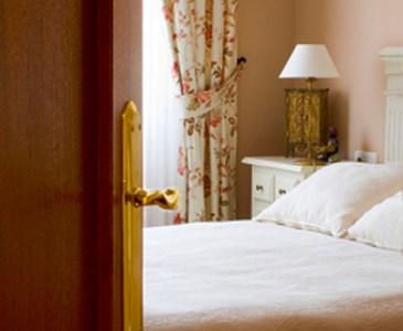 do you sleep with your bedroom door open or closed? | toluna