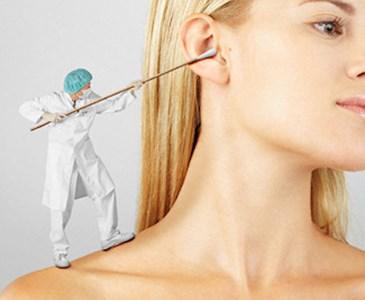 se puede limpiar el oído con agua oxigenada