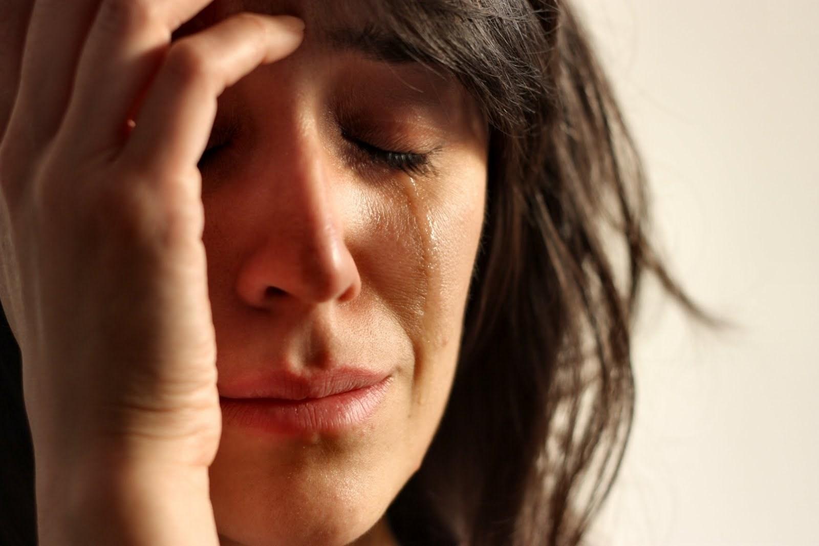 Трахнул в попку до слез, Красивая крошка до слёз затрахана в попку 21 фотография