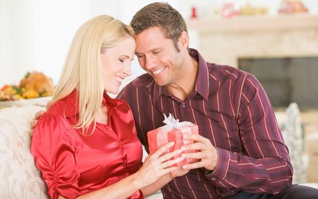 Как заставить мужа дарить подарки 66