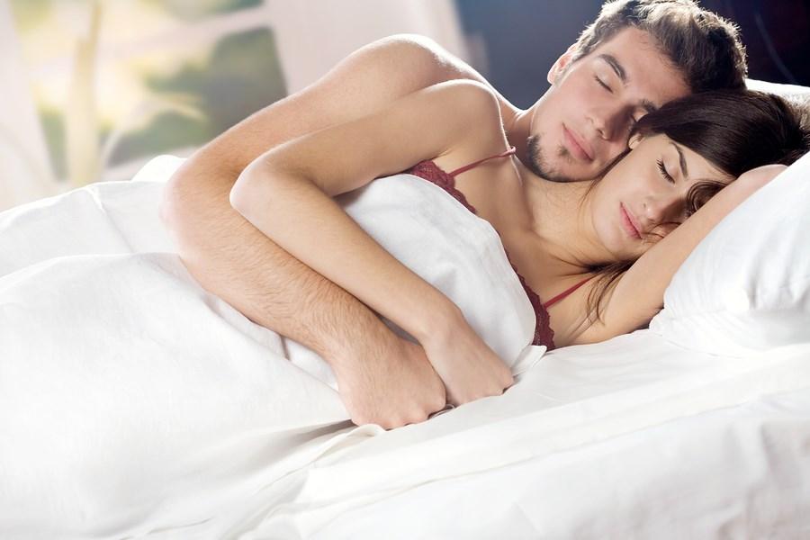 Пенис у женщины в сновидении зачастую свидетельствует о скором зачатии ребенка.