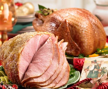 Christmas Ham Dinner.Would You Rather Have Turkey Or Ham For Christmas Dinner