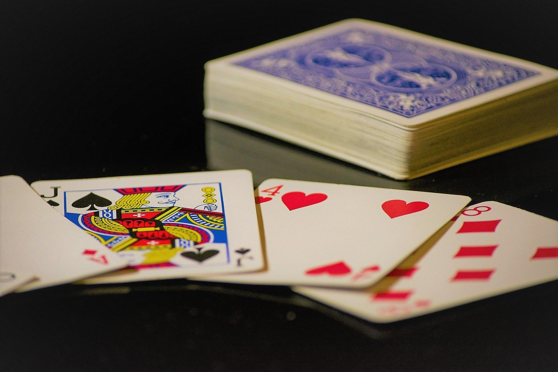 фото Карты в казино используют какие